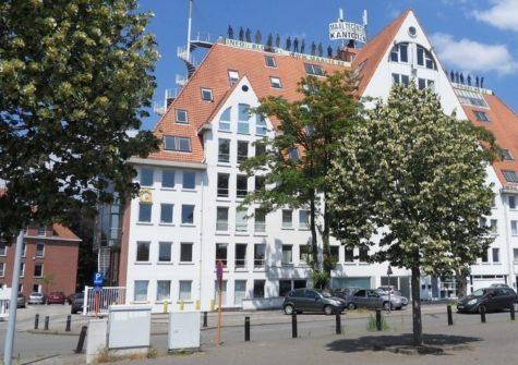 Kantoorruimtes te huur net buiten Gent met parking