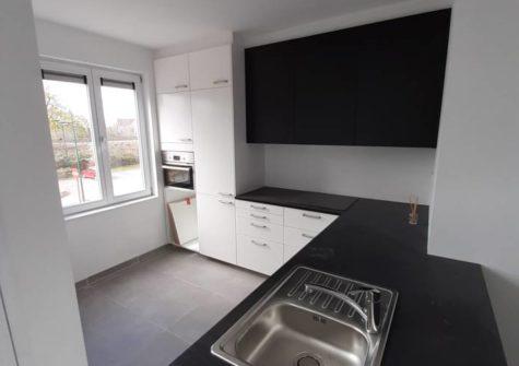 Mooi appartement met terras op 1ste verdieping, aan station Evergem