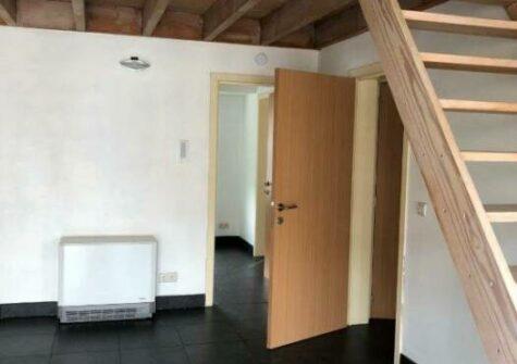 Gezellig duplex-appartement te Zwijnaardsesteenweg Gent met zuidgericht terras.