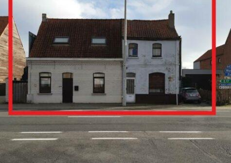 Projectgrond incl. vergunning voor 5 appartementen te Deinze