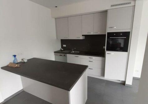 Ruim duplexappartement in het centrum van De Pinte